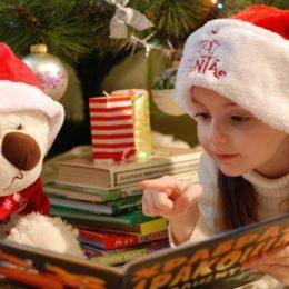adorable-books-candle-326581-web-1024x685