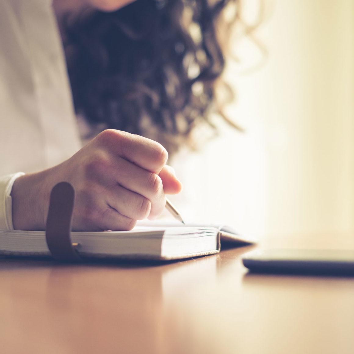 Becky-Lennox-Cancer-Journaling